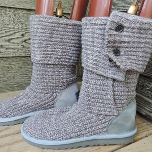 UGG Classic Cardy Boots Gray Knit Sweater Boots 9